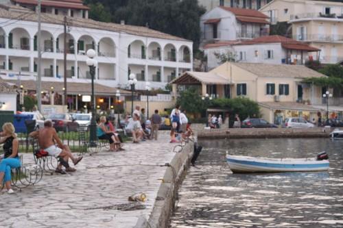 Kassiopi – die Hafenstadt